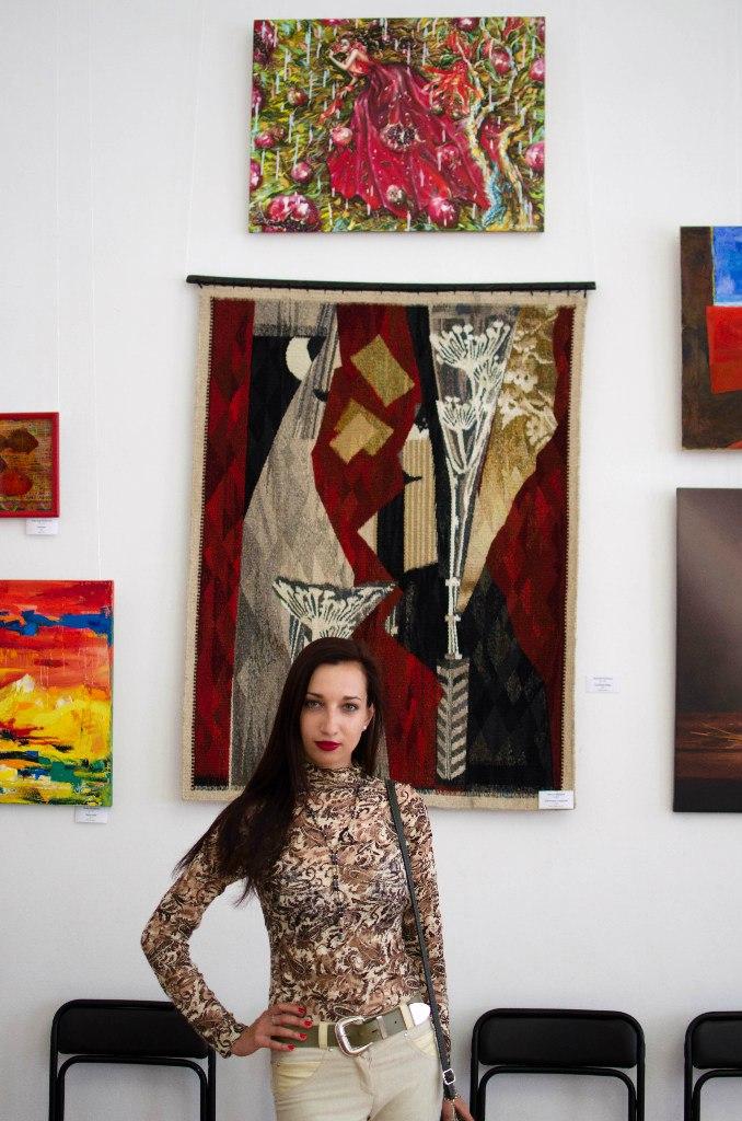 -«Червоне» выставка  современного искусства